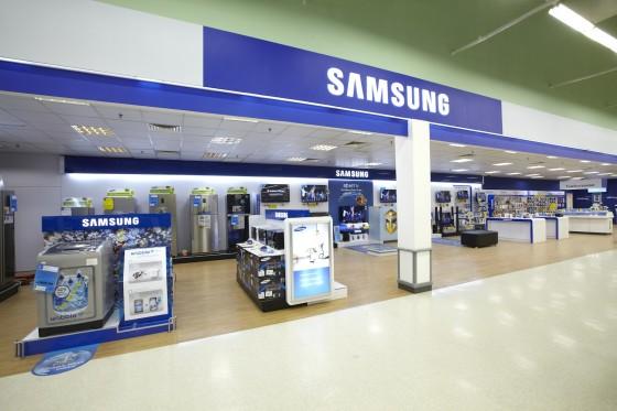 Samsung fecha lojas em Londres, Apple continua crescendo
